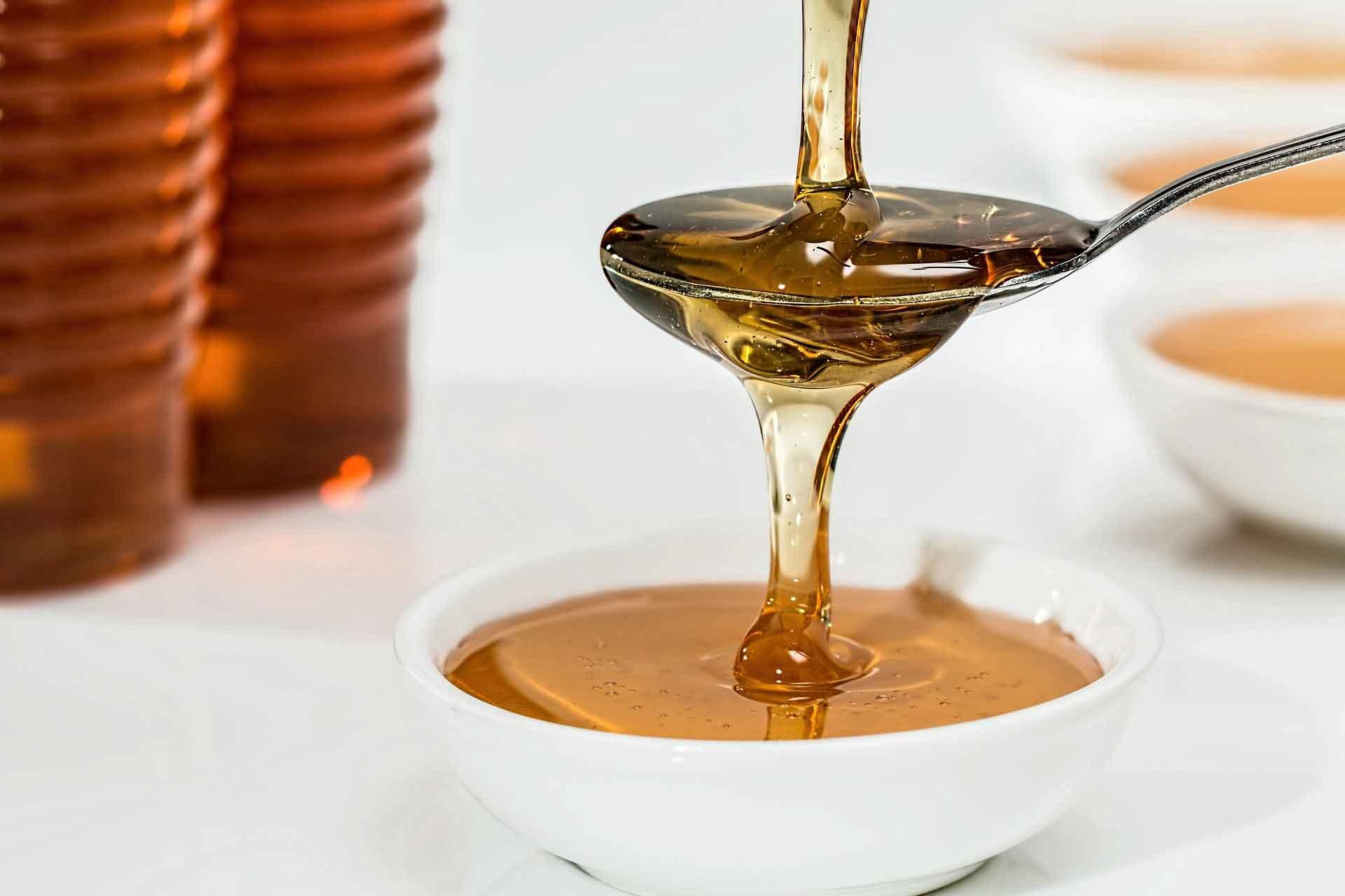 عسل و مزایای آن